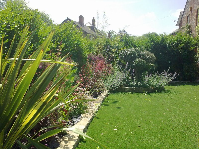 DMW Landscapes Artificial Grass Oxfordshire cotswolds 5 1