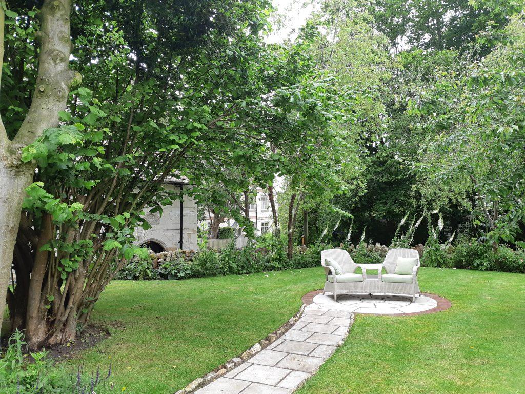 DMW Landscapes Local Garden Maintenance Service Oxfordshire 15