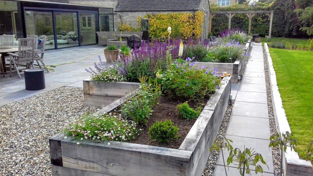 DMW Landscapes Local Garden Maintenance Service Oxfordshire 3 1